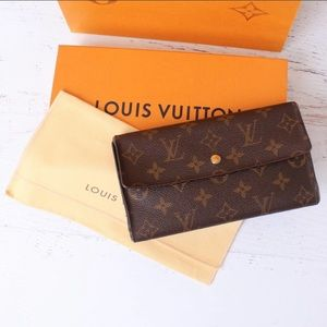 Louis Vuitton Sarah Wallet in Bag & Box AUTHENTIC